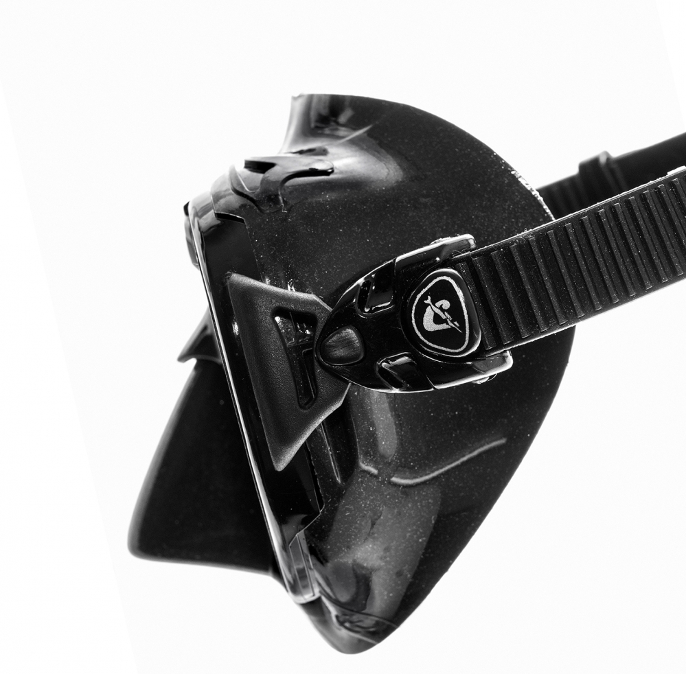 Mascara Zeus